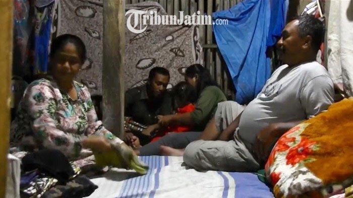 BERITA TERPOPULER JATIM Keluarga Lumajang Ramadan di Kandang Kambing - Uji Sampel Takjil Tulungagung