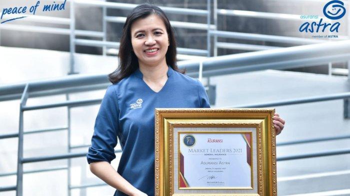 Asuransi Astra Raih Penghargaan Apik di Insurance Market Leader Award 2021