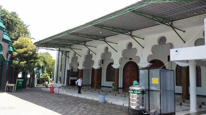 Besok Masjid Rahmat Gelar Salat Jumat Pertama Usai PSBB, Gus Ali & Kapolda Jatim Dijadwalkan Hadir