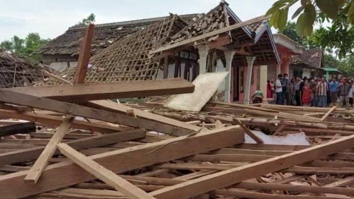 Bondet Meledak, Bapak dan Anak di Pasuruan Tewas, Puluhan Rumah Rusak