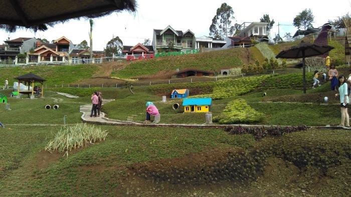 Harga Tiket Masuk Taman Kelinci Pujon, Bisa Foto Bareng Hewan Lucu dan Rumah Hobbit, ini Jam Bukanya