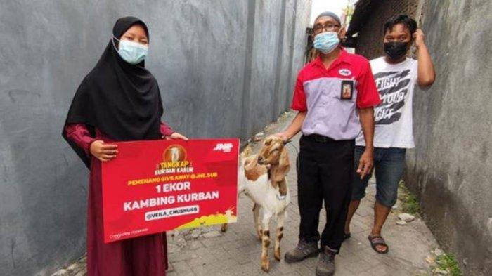 Bahagia Dapat Kambing dari JNE Surabaya, Pemenang: Kurban Pertama, Hibah Untuk Ibunda Tercinta