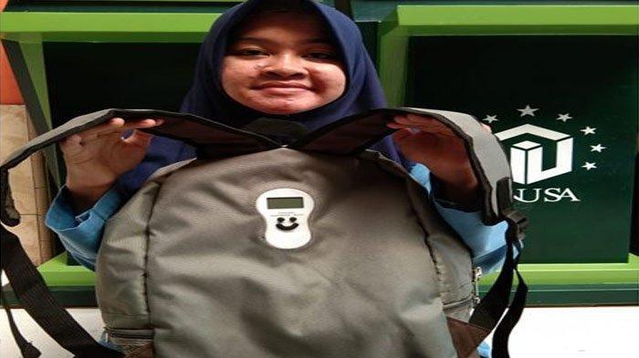 Mahasiswa Unusa Surabaya Ciptakan Tas Timbangan S-Bag, Bisa Ukur Jumlah Beban yang Masuk dalam Tas