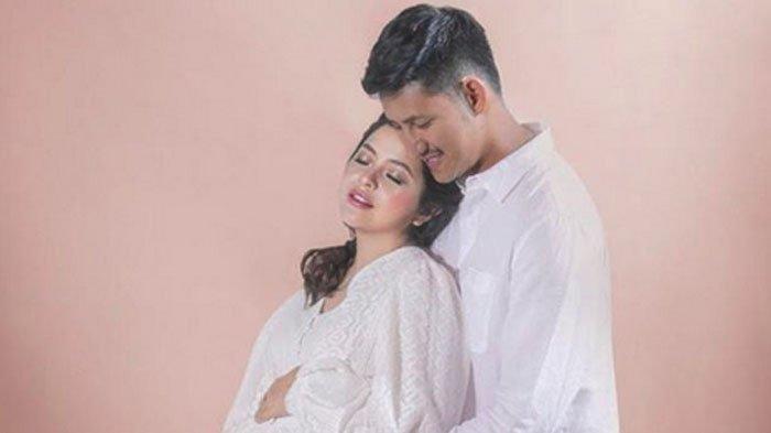 Tasya Kamila dan Randi Bachtiar.