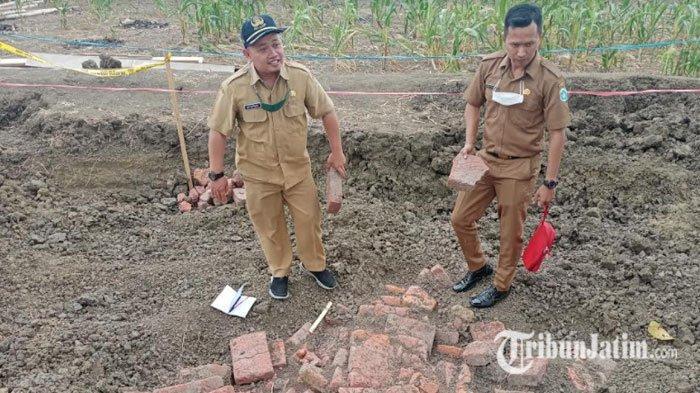 Temuan Struktur Batu Bata Merah di Selatan Makam Mbah Piyak Gegerkan Warga Lamongan