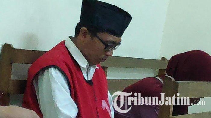 Fix, Rahmat Jalani Hukuman Kebiri dan 12 Tahun Penjara Akibat Cabuli 15 Siswa