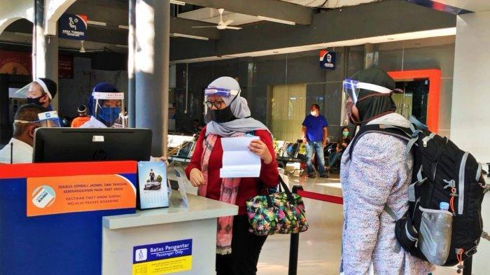 Tujuan dan Solusi KAI Daop 8 Surabaya Terkait Penghapusan Layanan Beli Tiket Langsung di 23 Stasiun