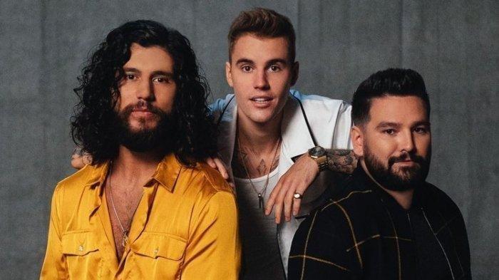 Terjemahan Lirik Lagu '10,000 Hours' Dan + Shay Feat Justin Bieber, Videonya Trending di YouTube!