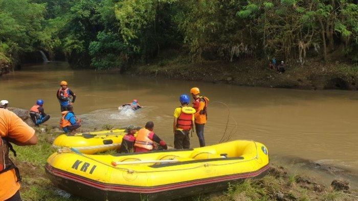 Cari Bonsai Berujung Petaka, Seorang Pria Tenggelam Terseret Arus di Sungai Pikatan Jatirejo