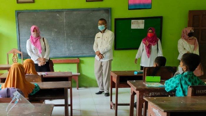 Cegah Penyebaran Covid di Sekolah, Satgas Covid-19 Kecamatan Aktif Lakukan Pengawasan PTM Terbatas