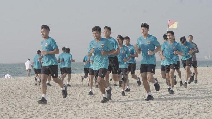 TERPOPULER BOLA Rachmat Irianto Bongkar Pola Latihan Shin Tae-yong hingga Bojan Krkic Gabung PortFC