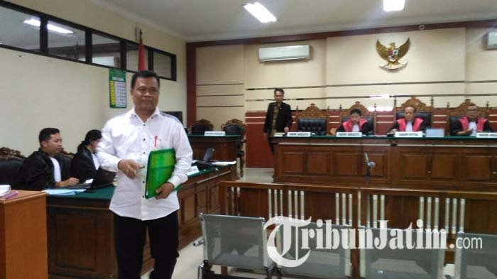 Seorang Terdakwa Dugaan Suap Bupati Nganjuk Nonaktif, Minta Jadi Duta Anti Korupsi dalam Pledoinya