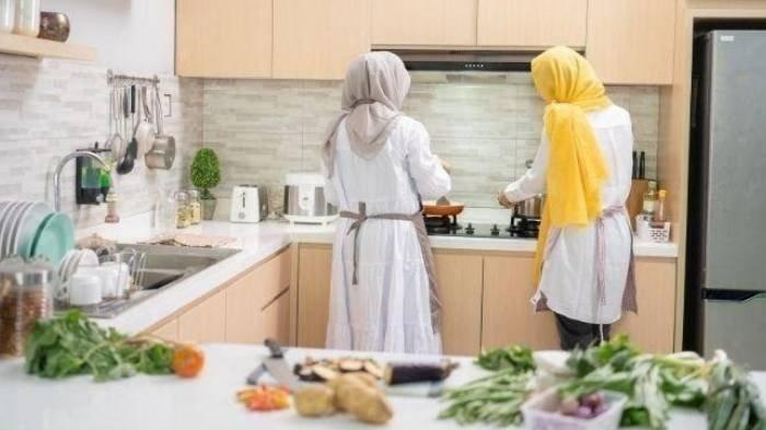 5 Tips Jitu Memasak Makanan Sahur Anti Ribet, Buat Daftar Menu 1 Minggu hingga Pilih Lauk Siap Saji