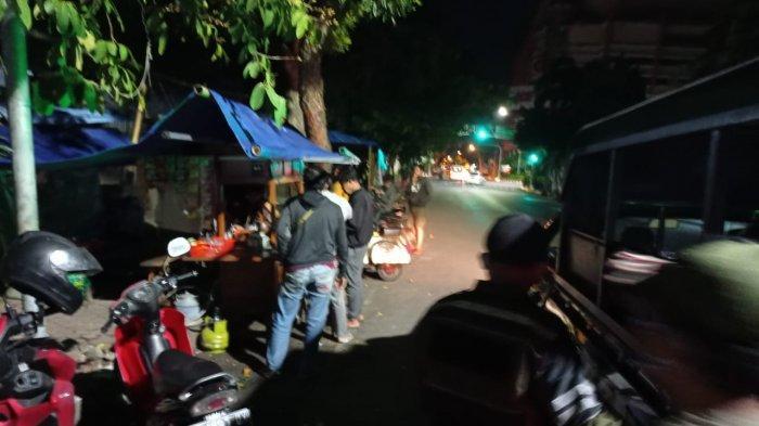 Patroli Gabungan Bubarkan Titik Kerumunan Masyarakat di Kota Kediri