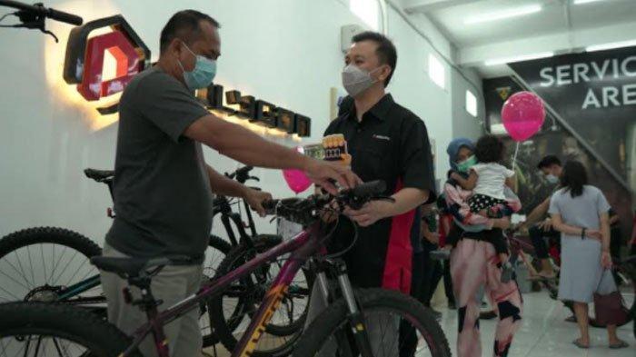 Pasar Sedang Tumbuh, Rodalink Perluas Jaringan Outletnya, Buka Toko Baru di Gresik