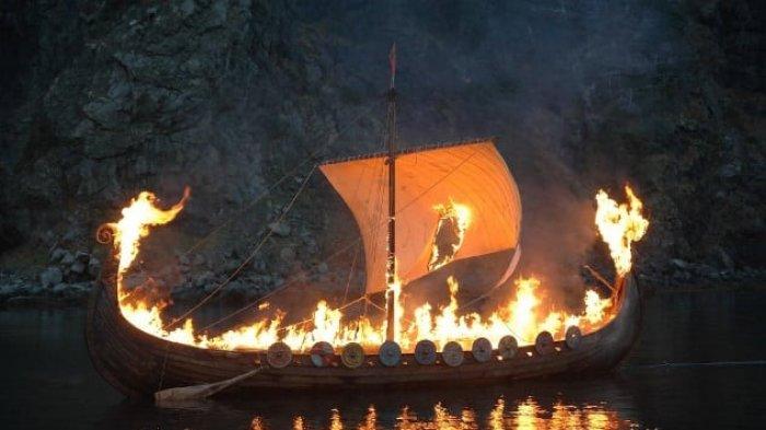 Ritual Pemakaman Raja Viking Paling Mengerikan, ke Alam Baka Ditemani Wanita Berbalut Budaya Sperma