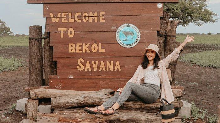 Travel Blogger, Irene Komala saat traveling ke Taman Nasional Baluran yang terletak di Kecamatan Banyuputih, Kabupaten Situbondo, Jawa Timur.