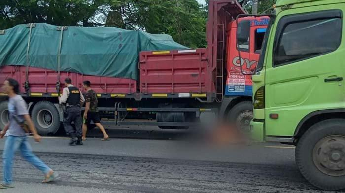 Ibu dan Anak di Tuban Luka Berat Seusai Motor yang Dikendarai Dihantam Truk Tronton