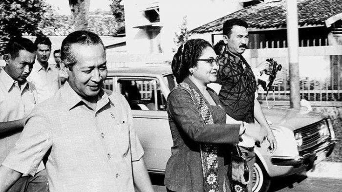 Soeharto Dikirimi Patung Sebelum G30S/PKI Oleh Sosok Misterius, Bu Tien Dibawa ke Tempat Rahasia
