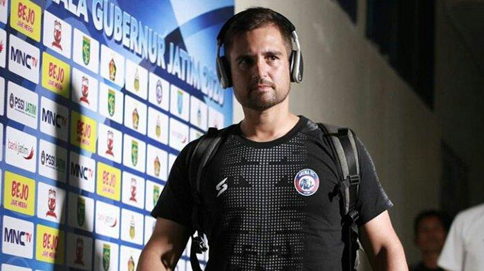Staf Pelatih Arema FC Kuatkan Kabar Kepergian Mario Gomez ke Borneo, Jadi Tukar Pelatih?