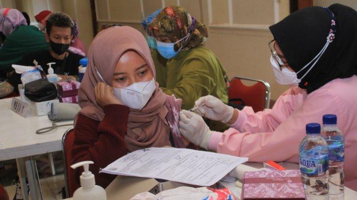 Antusiasme Vaksinasi Masyarakat Ponorogo Tinggi, Pendaftaran Online 2.500 Dosis Penuh dalam 2 Jam