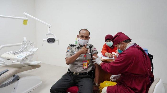Tim RSGM IIKBW Turut Mendukung Pelaksanaan Vaksin Covid-19