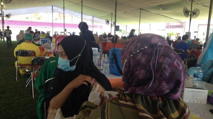 Warga Umum Bisa Vaksinasi Covid-19 di GOR Pancasila Surabaya Setelah Pukul 12.00 WIB