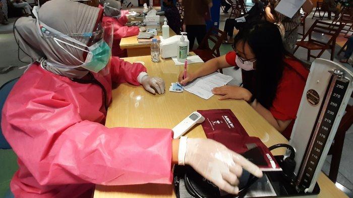 Bentuk Herd Immunity di Mall, Pasar Atom Gelar Vaksinasi 500 Pegawai Tenan