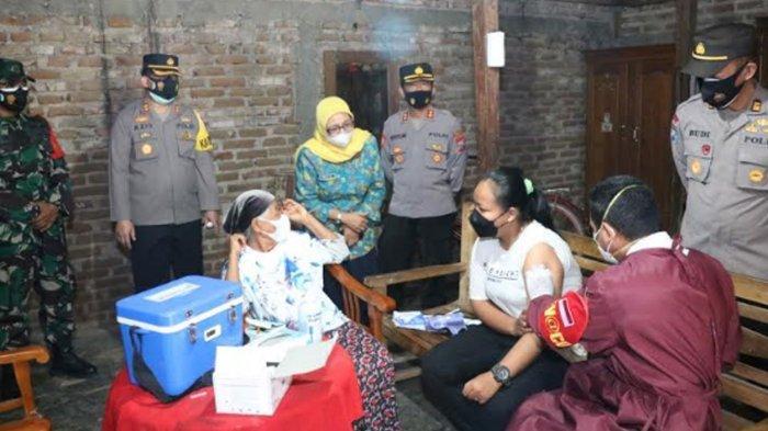 Polres Ponorogo Gelar Vaksinasi Covid-19 Door to Door, Ikhtiar Agar Pandemi Segera Berakhir