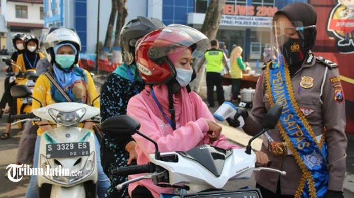 Satlantas Polres Bojonegoro Buka Vaksinasi Covid-19 Drive Thru untuk Pemohon SIM, Berikut Syaratnya