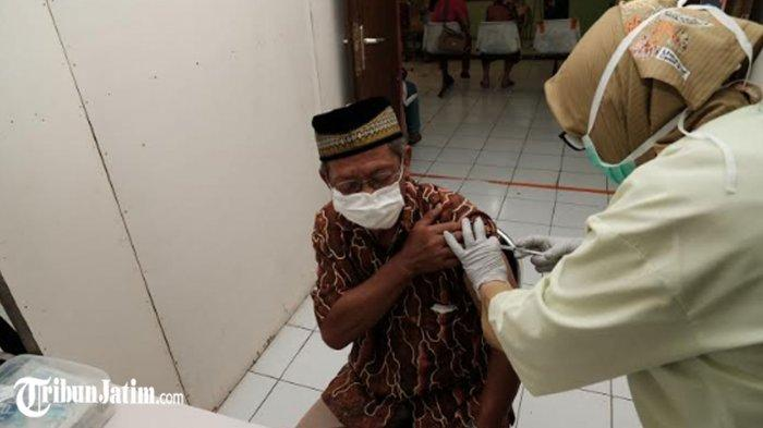 Kota Batu Lanjutkan Vaksinasi AstraZeneca, Dinkes Minta Masyarakat 'Sebelum Disuntik Harus Jujur'