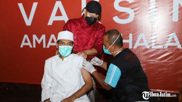 Persiapan Ramadan 2021, Kiai dan Ulama di Kabupaten Trenggalek Jalani Vaksinasi Covid-19