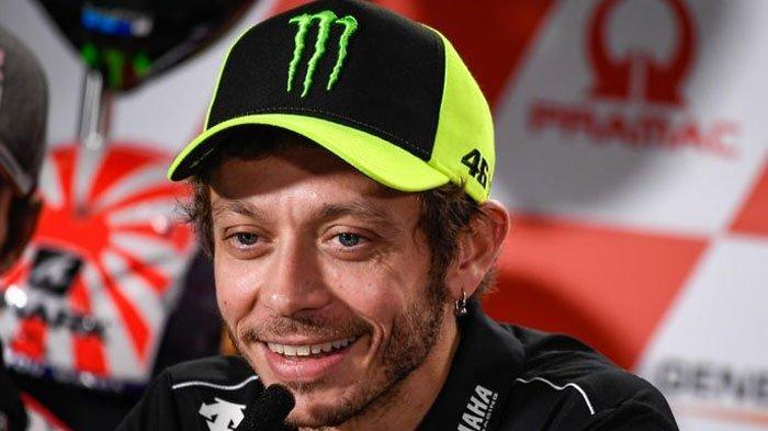 Rossi Tertawa Saat Ditanya Soal Cedera Marquez, The Doctor Tutup Pintu Maaf untuk The Baby Alien