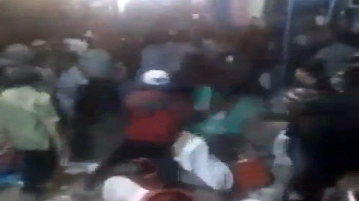 Pria Bawa Preman Sekampung ke Resepsi Mantan, Video Dulu Viral: Diobrak-abrik, Mempelai Mengenaskan