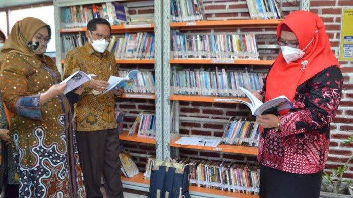 Perpustakaan Mesin Waktu di Cerme Gresik Berpeluang Wakili Jawa Timur di Ajang Nasional