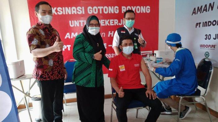 Baru Dua Pekan Dibuka, Lima Perusahaan Sudah Jalani Vaksinasi Gotong Royong di Gresik