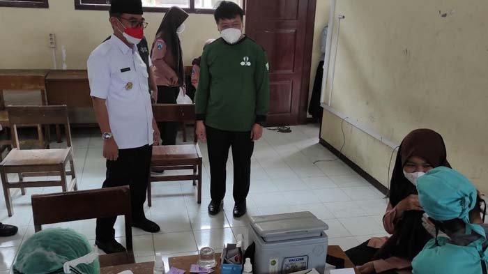 Peringati Hari Pramuka, Dinkes Gelar Vaksinasi Covid-19 untuk Pelajar di Kota Blitar