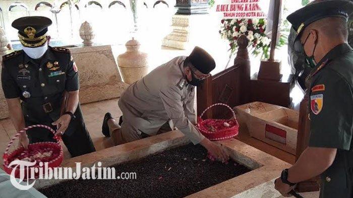 Pemkot Blitar Peringati Hari Wafat Bung Karno, Sederhana Gelar Doa Lintas Agama dan Upacara Ziarah