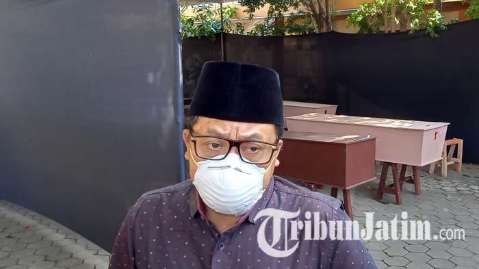 Kamar Mayat RSUD dr Saiful Anwar Malang Overload, Peti Mati Jenazah Covid-19 Diletakkan di Tenda