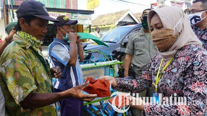 Ning Ita Galakkan Kampanye Wajib Pakai Masker untuk Cegah Risiko Penularan Covid-19 di Mojokerto