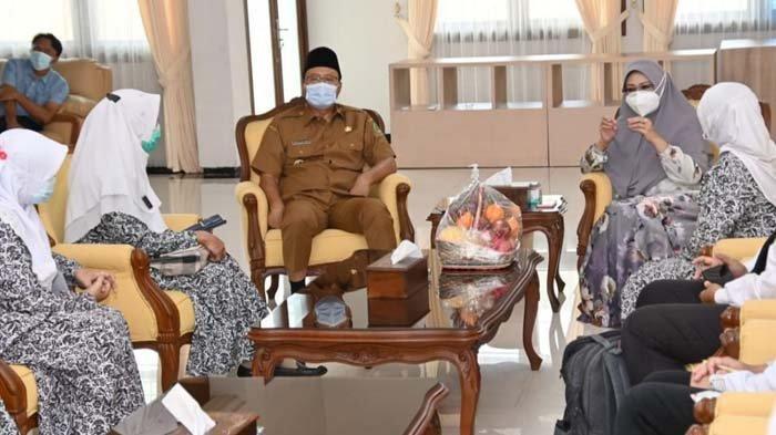 Gus Ipul Minta PKK dan Bidan Bantu Tangani Masalah Perempuan dan Anak di Kota Pasuruan