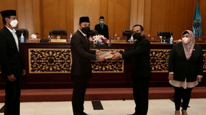 Dapat Dukungan DPRD Surabqya, Eri Cahyadi Optimistis APBD 2022 senilai 10 T Selesai Dibahas Sebulan
