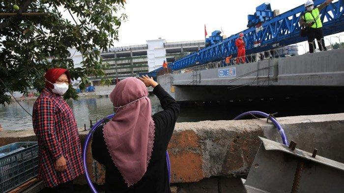 Pemkot Surabaya Kebut Pengerjaan Jembatan Joyoboyo, Wali Kota Risma Beri Deadline November Rampung