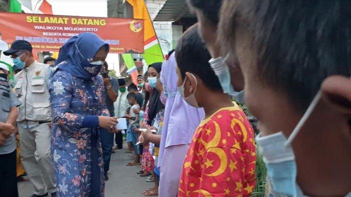 Anak-anak Patuh Prokes di Mojokerto Dapat Reward Uang Jajan dari Walikota
