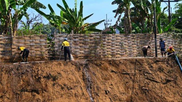 Antisipasi Banjir, Kota Pasuruan Normalisasi Sungai Petung