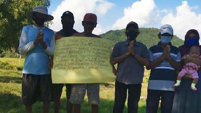 Warga Bentangkan Ucapan Terima Kasih atas Serbuan Vaksinasi Covid-19 di Pulau Bawean Gresik
