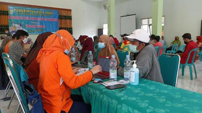 Antusias Tinggi, 400 Warga Desa Doko Ngasem Kediri Berbondong-Bondong Minta Divaksin Covid-19