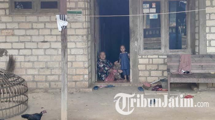 Dinsos Buka Data Penerima Bansos di Kampung Miliarder Tuban, Jumlah Bantuan Capai Seribu Lebih