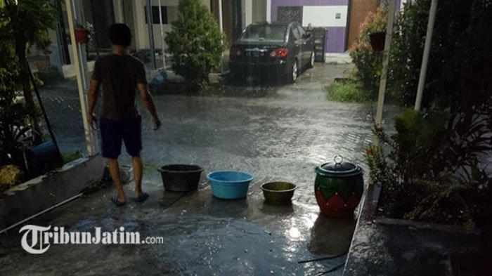 Hari Air Sedunia, Masih ada Warga di Gresik Tadah Air Hujan untuk Mandi
