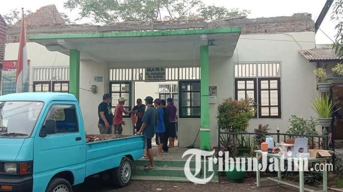 Dengar Suara Gemuruh, Guru Tari di Malang Dapati Atap Balai RW 04 Pandanwangi Ambruk